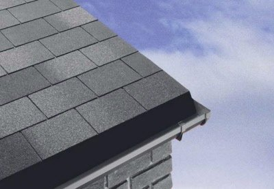 pose shingle rev tements modernes du toit. Black Bedroom Furniture Sets. Home Design Ideas