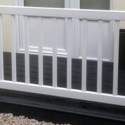 Caravan 36 inch Balustrade - 4 Foot Fence Section in White